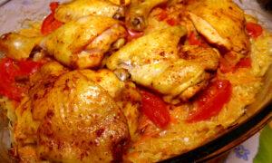 Курица с капустой, приготовленная в духовке